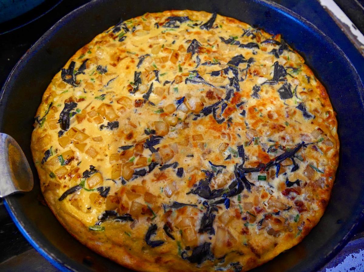 Omelette Aux champignons et Allumettes Fumées