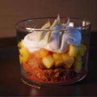 Verrines de fête, Ananas, crème fouettée coco, sur lit de palets bretons