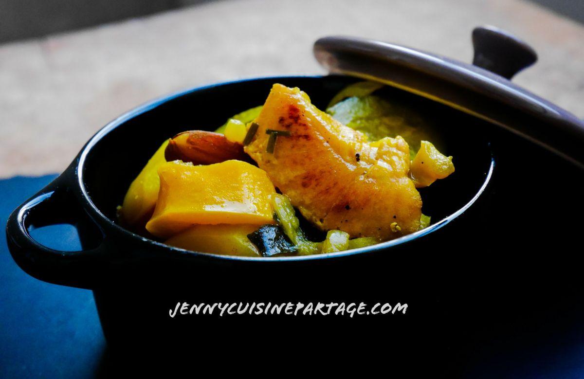 Ragoût de légumes et poulet épicé